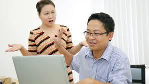 8 cách đơn giản khiến chồng lạnh nhạt, vô tâm trở về vui vẻ với vợ - Ảnh 2.