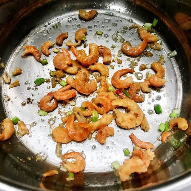Ngạc nhiên loại rau dại mọc đầy ven đường lại chế biến được thành loạt món ăn gây thương nhớ, ăn tươi hay nấu chín đều ngon - Ảnh 10.