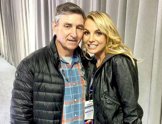 Lý do gây sốc đằng sau phong trào giải cứu Britney Spears khỏi chính cha ruột - Ảnh 2.