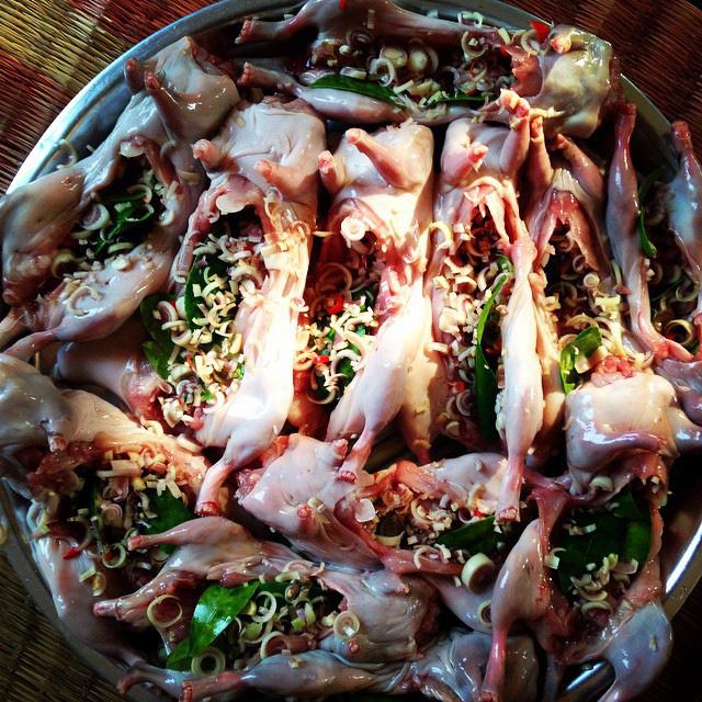 12 món đặc sản quen thuộc này của Việt Nam khiến khách Tây khóc thét, một số món chính người Việt cũng phải rùng mình - Ảnh 5.