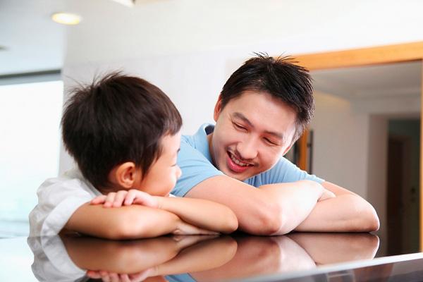 Con cái luôn muốn bố mẹ nói 5 điều này, bạn đã từng nói chưa? - Ảnh 5.