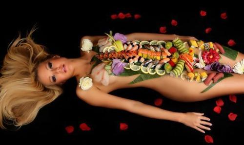 Bí mật bất ngờ đằng sau những bữa tiệc Sushi khỏa thân đầy phấn khích và sức hút - Ảnh 3.