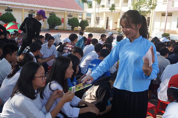 Quảng Ninh: Nhiều hoạt động thiết thực chăm sóc sức khỏe sinh sản vị thành niên, thanh niên - Ảnh 2.
