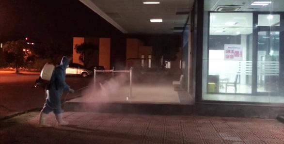 Hải Phòng phong tỏa 1 khách sạn liên quan ca nghi mắc COVID-19 tại Hải Dương - Ảnh 3.