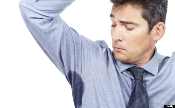 6 sai lầm nhiều người mắc khi sử dụng lăn khử mùi khiến nách càng nặng mùi - Ảnh 2.