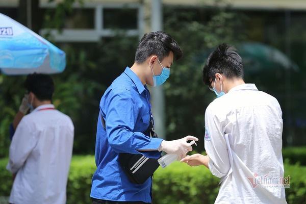 Dự báo thời tiết 9/8, Hà Nội nắng nóng ngày đầu thi tốt nghiệp THPT - Ảnh 1.