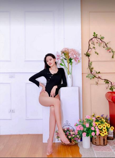 Thí sinh Hoa hậu Việt Nam 2020 sở hữu đôi chân dài 1,21m - Ảnh 3.