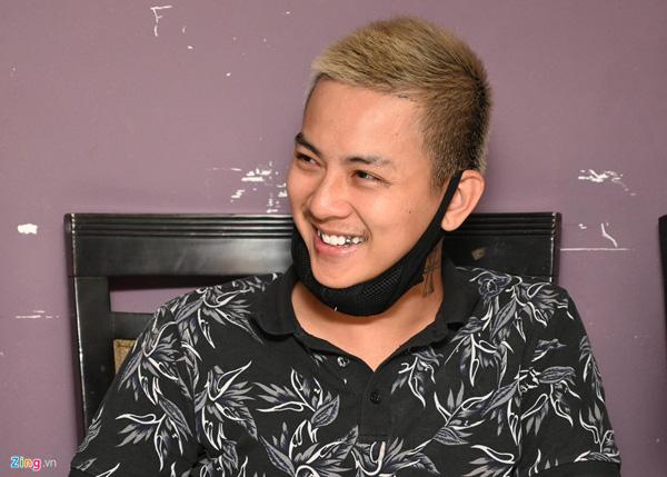 Hoài Lâm: 19 tuổi quán quân Gương mặt thân quen nhưng đời tư rắc rối bỏ phí lộc trời  - Ảnh 4.