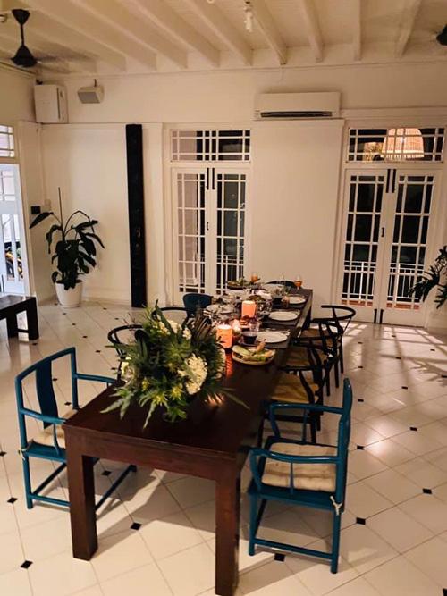Cận cảnh ngôi nhà cổ 80 năm tuổi rộng 5.600m2 của siêu mẫu Bằng Lăng ở Singgapore, toàn bộ nội thất được chuyển sang từ Mỹ - Ảnh 6.