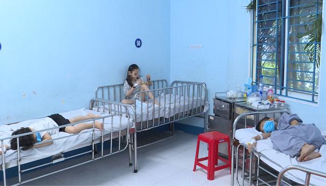 26 đứa trẻ ở chùa Kỳ Quang 2 nhập viện nghi ngộ độc hiện ra sao? - Ảnh 2.