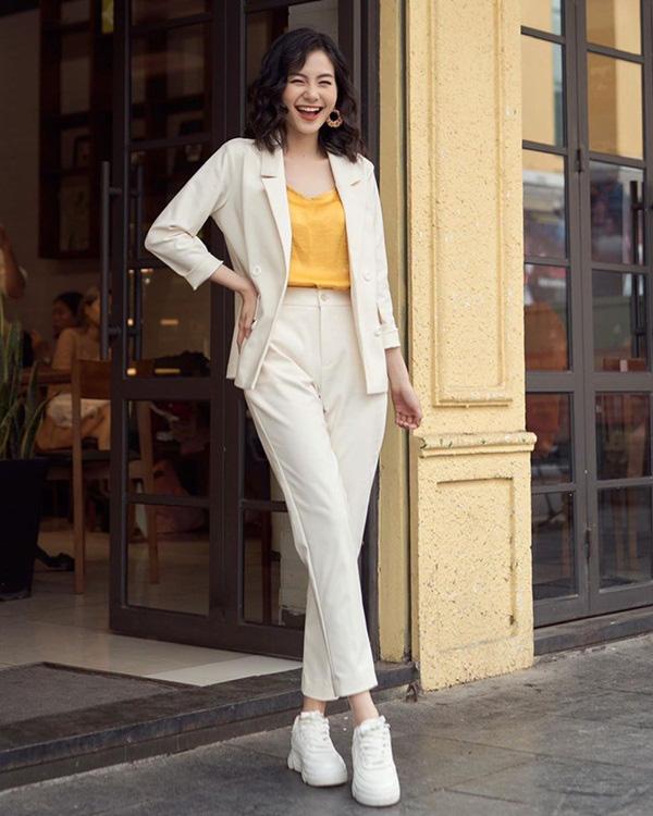 Hương Giang lúc nào cũng chanh sả nhờ diện blazer cực khéo, các nàng hóng ngay để lên hạng phong cách - Ảnh 17.