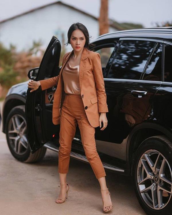 Hương Giang lúc nào cũng chanh sả nhờ diện blazer cực khéo, các nàng hóng ngay để lên hạng phong cách - Ảnh 6.