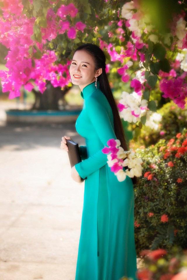 Cô gái Bình Định thi Hoa hậu Việt Nam vì muốn được tự tin và toả sáng - Ảnh 1.
