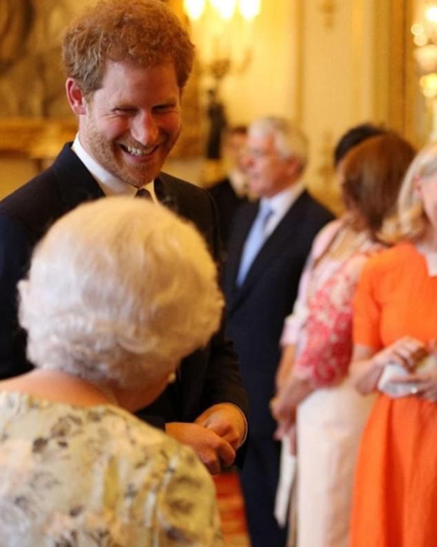 Người thân phản ứng như thế nào trong lần sinh nhật thứ 36 ở tư cách thường dân của  Hoàng tử Harry  - Ảnh 2.