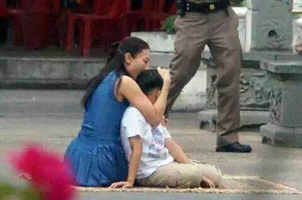 Người vợ xuất thân thường dân, từng làm phục vụ bàn của Vua Thái Lan nhận kết cục cay đắng ra sao? - Ảnh 4.