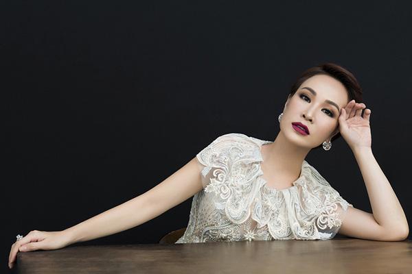 Sự nghiệp chậm rãi của Uyên Linh sau 10 năm đăng quang Vietnam Idol - Ảnh 5.