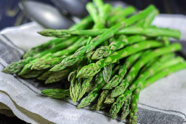Một tác dụng thần thánh của măng tây khiến không chỉ chị em mà đàn ông cũng thi nhau ăn loại rau này - Ảnh 3.