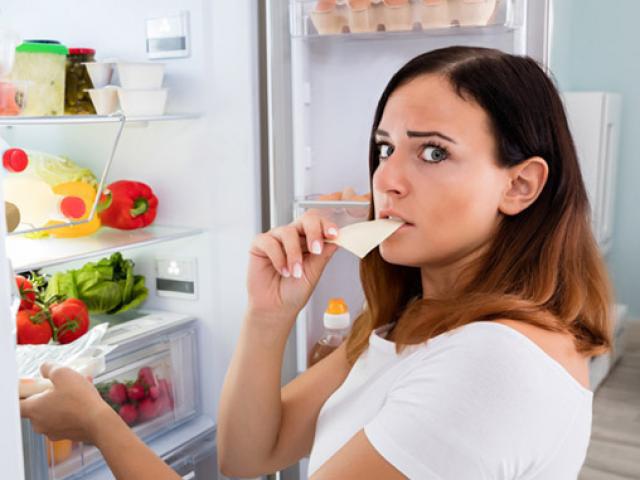 8 thói quen lặp đi lặp lại hằng ngày cực kì gây hại đối với sức khỏe, điều đầu tiên hầu như ai cũng mắc - Ảnh 8.