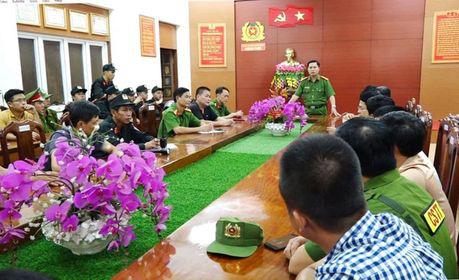 Quảng Bình: 120 cảnh sát phá đường đây đánh bạc hơn 1000 tỷ đồng - Ảnh 1.