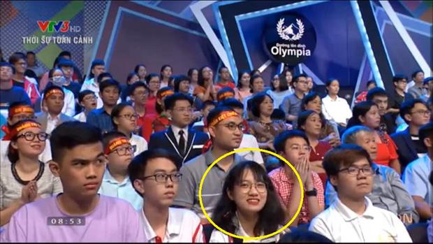 Nữ sinh gây bão với biểu cảm nhăn mặt trên sóng trực tiếp, hóa ra từng khiến Á quân Olympia thi đấu toát mồ hôi hột - Ảnh 2.