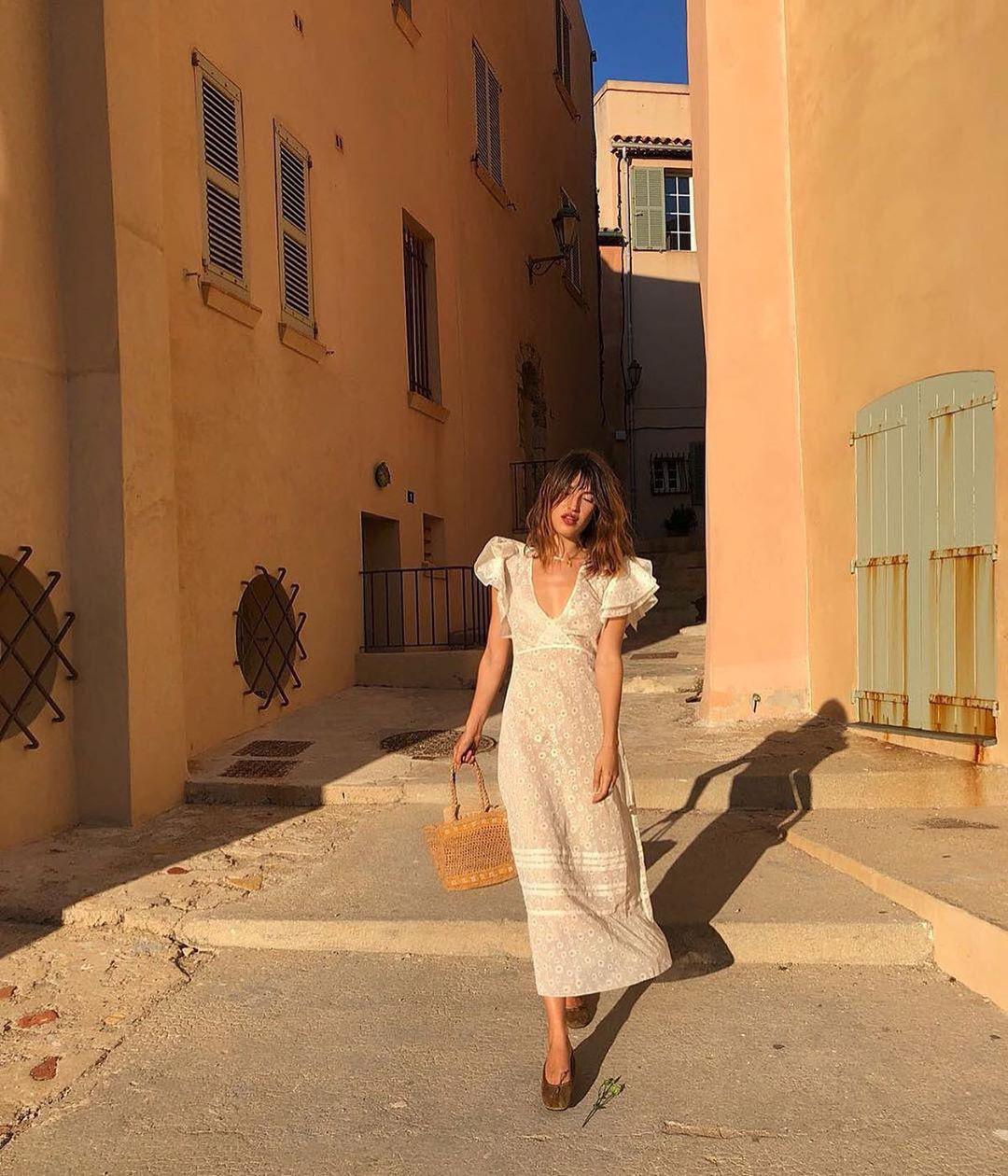 Trời se lạnh mà quẩy váy dáng dài là style sẽ yêu kiều như gái Pháp, điểm sang chảnh cũng tăng ngùn ngụt - Ảnh 7.