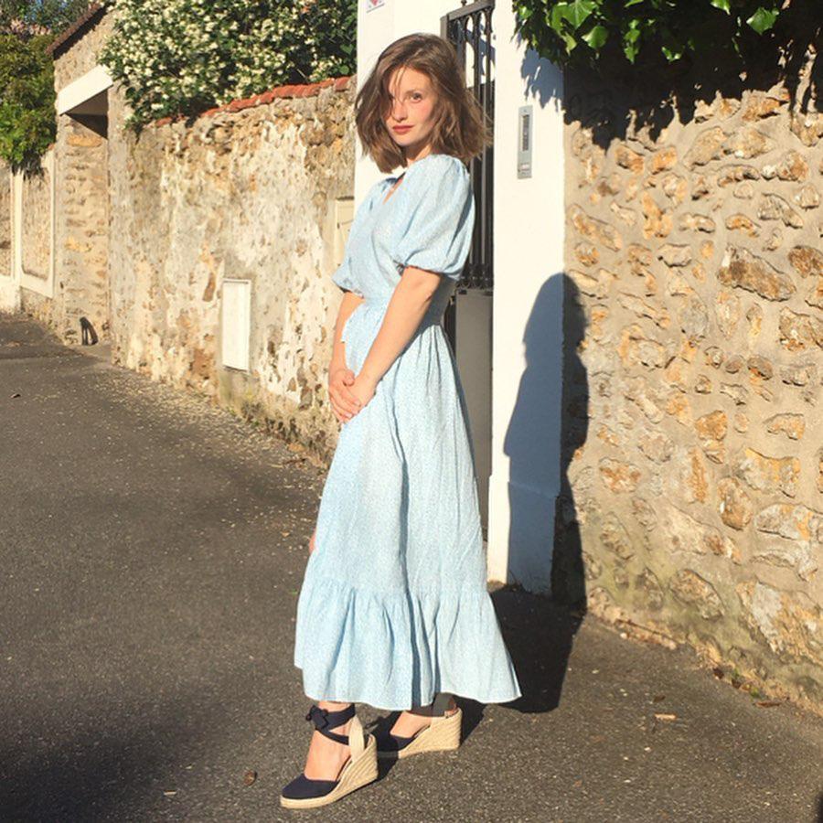 Trời se lạnh mà quẩy váy dáng dài là style sẽ yêu kiều như gái Pháp, điểm sang chảnh cũng tăng ngùn ngụt - Ảnh 10.