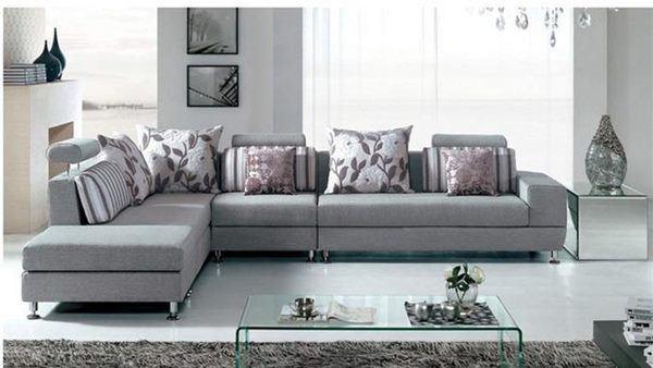 Những nguyên tắc bố trí sofa ôm trọn tài lộc, đa số người làm sai tới 80% - Ảnh 1.