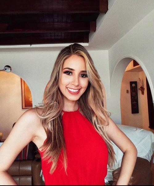 Vẻ gợi cảm của mỹ nữ 24 tuổi lên ngôi Hoa hậu Venezuela 2020 - Ảnh 9.