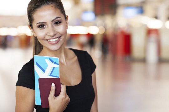 Kể cả những người đi máy bay thường xuyên cũng chưa chắc đã biết trên vé máy bay có cả ký hiệu may mắn - xui xẻo - Ảnh 1.