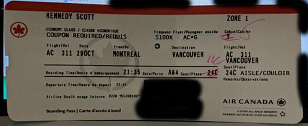 Kể cả những người đi máy bay thường xuyên cũng chưa chắc đã biết trên vé máy bay có cả ký hiệu may mắn - xui xẻo - Ảnh 2.
