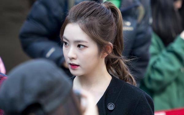 Hot girl Đào trong Cô gái nhà người ta chững chạc hẳn khi thay đổi kiểu tóc - Ảnh 19.