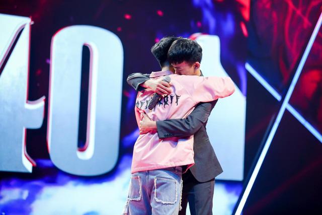 Tập 8 King of Rap: Dù thua cuộc, hai ông bố Hoàng Đảo Chủ - Ngắn vẫn lấy nước mắt người xem - Ảnh 3.