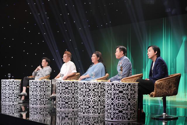 Giọng ca U70 hát sung, nhảy điêu luyện như Nguyễn Hưng tại Ca sĩ ẩn danh - Ảnh 1.