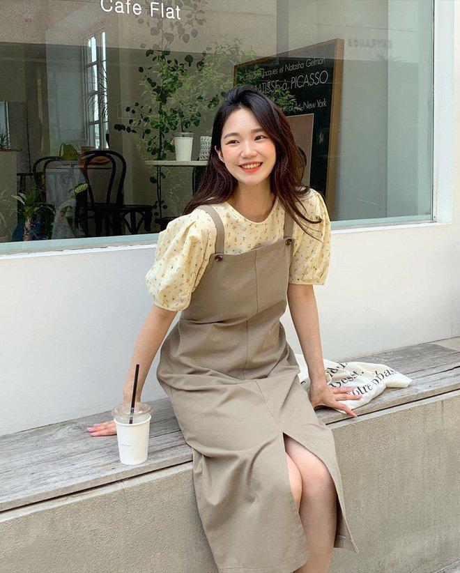 Sắm áo blouse, bạn sẽ triển được ngay 6 chiêu mix đồ yểu điệu, sang xịn thôi rồi - Ảnh 11.