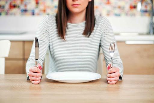 8 thói quen ăn uống độc hại bạn cần từ bỏ ngay nếu không muốn rước bệnh sớm - Ảnh 7.