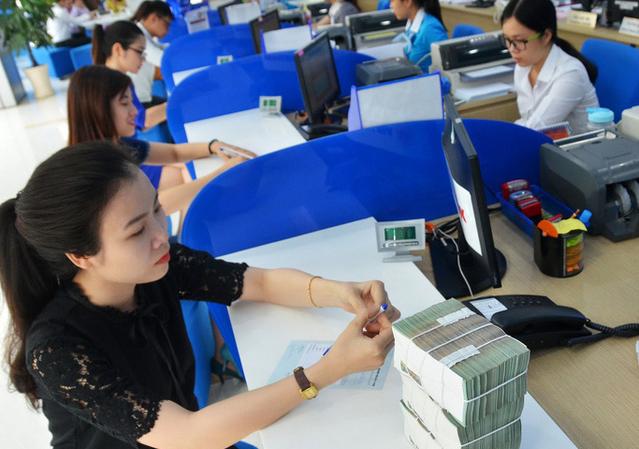 17 ngân hàng được cảnh báo kịp thời nguy cơ rủi ro năm 2021 người gửi tiền nên thuộc lòng - Ảnh 2.