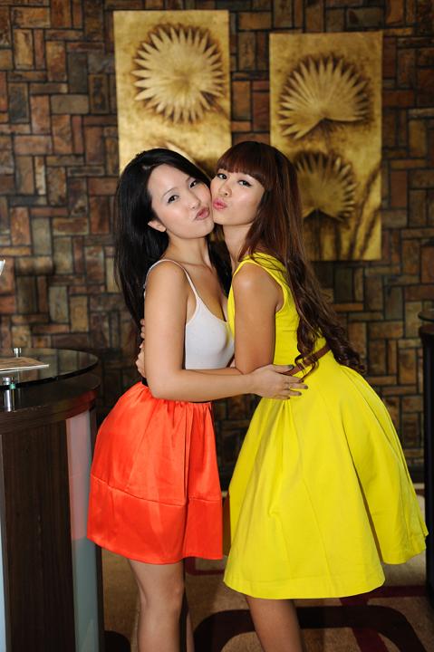 Cận cảnh nhan sắc thật của em gái mỹ nhân Việt 10