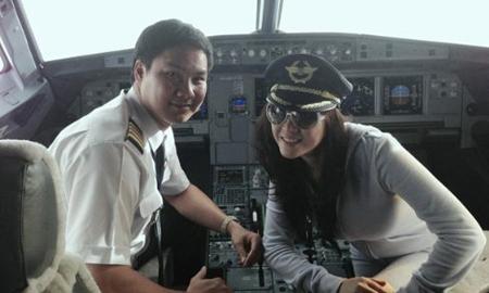 Cơ trưởng Vietnam Airlines thanh minh cho Lý Nhã Kỳ 1
