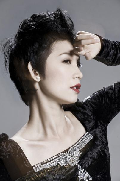 """Ngắm siêu mẫu Xuân Lan thời """"xấu lạ"""" 4"""