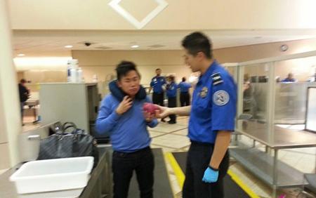 Nghệ sĩ hài Hoài Tâm bị tạm giữ vì nghi ngờ mang lựu đạn ? 3