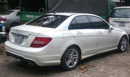 Nhân chứng cùng ô tô lên tiếng về tai nạn của Thanh Hằng 3