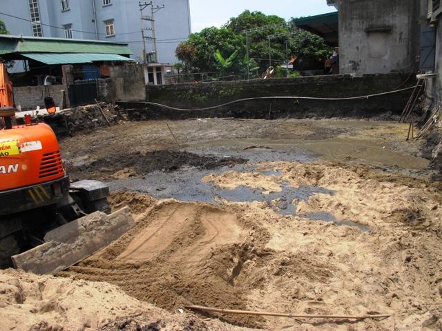 Phát hiện hàng chục quan tài khi đào móng nhà 1