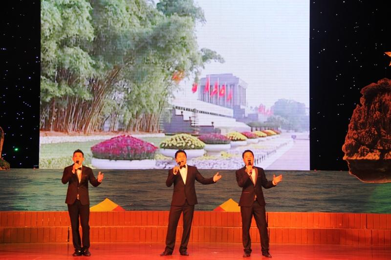"""Quảng Ninh: Sâu lắng đêm nhạc """"Vùng than tình yêu tôi"""" 15"""