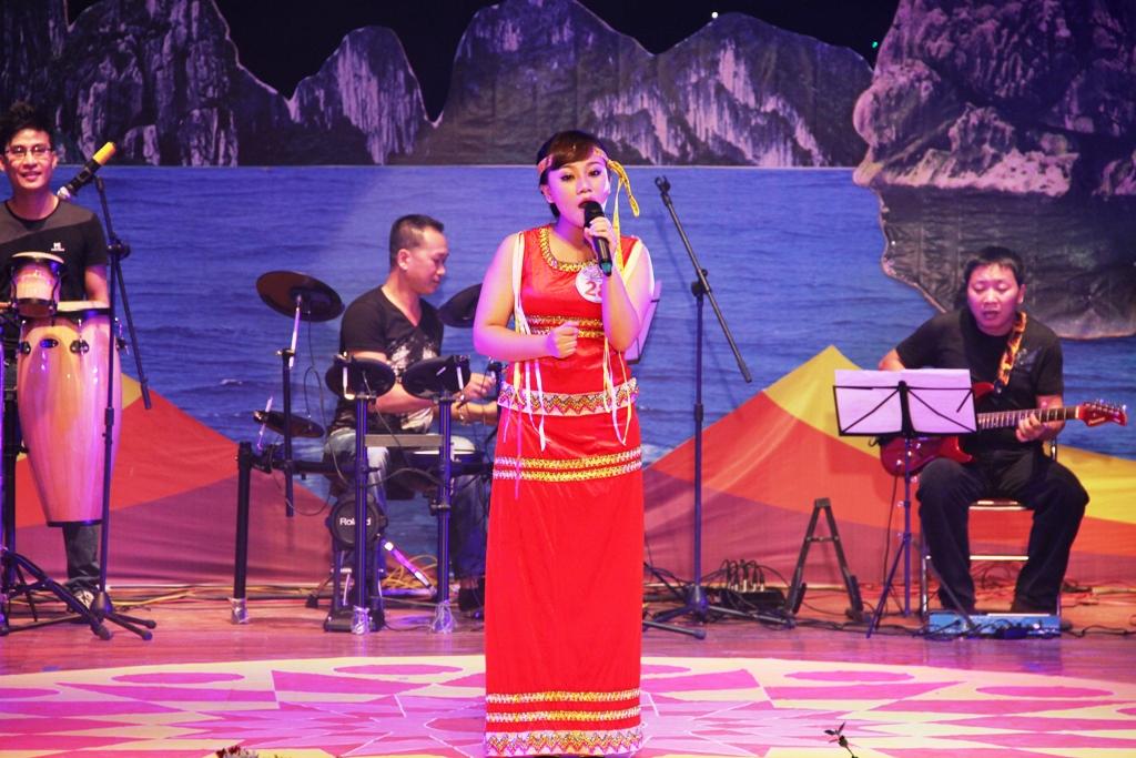 Ca sĩ ngành than giành ngôi quán quân Tiếng hát PT-TH Quảng Ninh 10