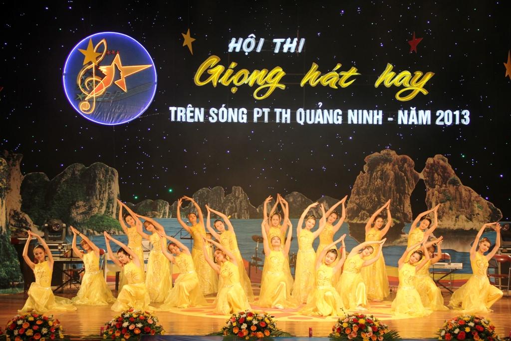 Ca sĩ ngành than giành ngôi quán quân Tiếng hát PT-TH Quảng Ninh 13