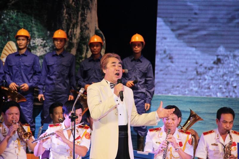 """Quảng Ninh: Sâu lắng đêm nhạc """"Vùng than tình yêu tôi"""" 10"""