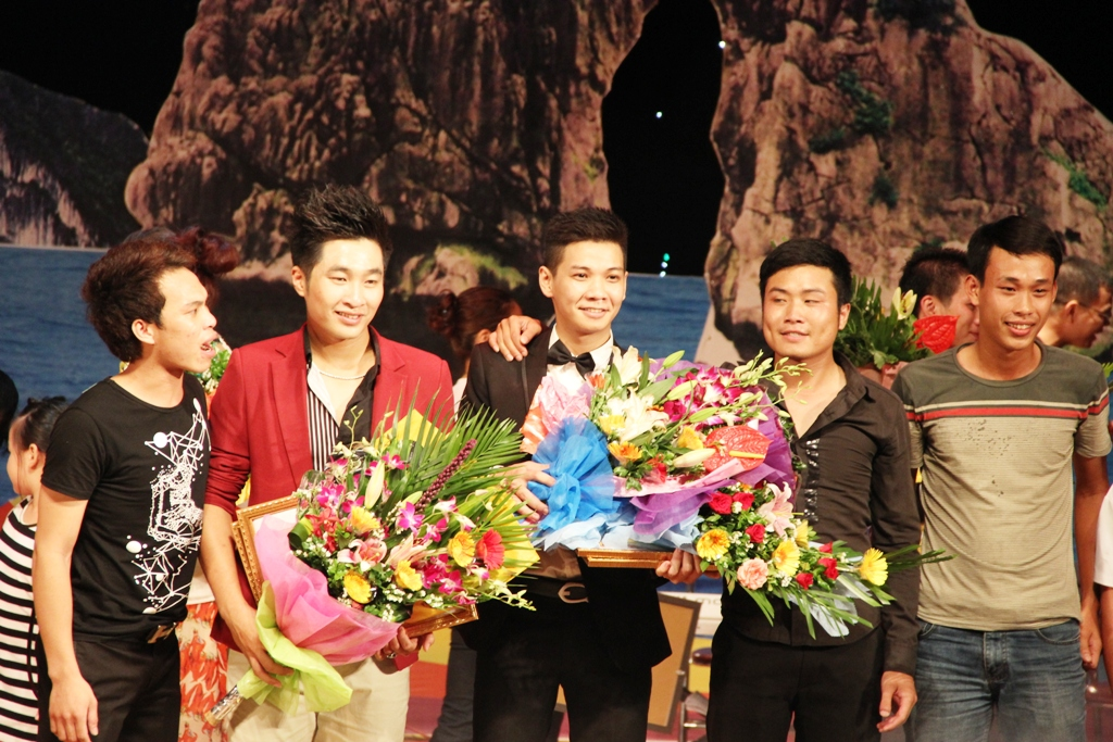 Ca sĩ ngành than giành ngôi quán quân Tiếng hát PT-TH Quảng Ninh 19