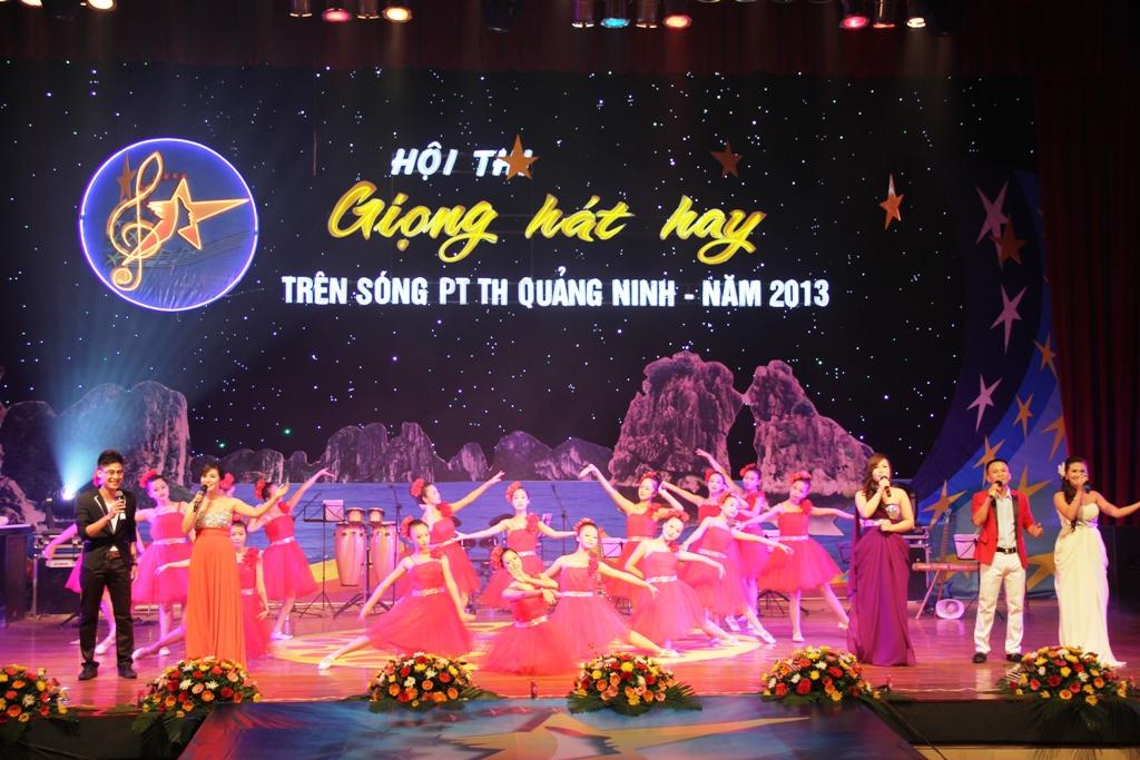 Ca sĩ ngành than giành ngôi quán quân Tiếng hát PT-TH Quảng Ninh 2