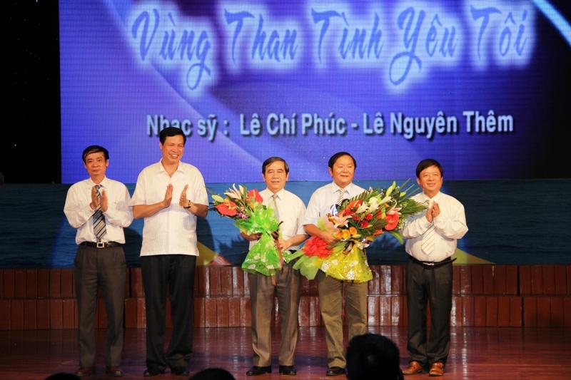 """Quảng Ninh: Sâu lắng đêm nhạc """"Vùng than tình yêu tôi"""" 1"""