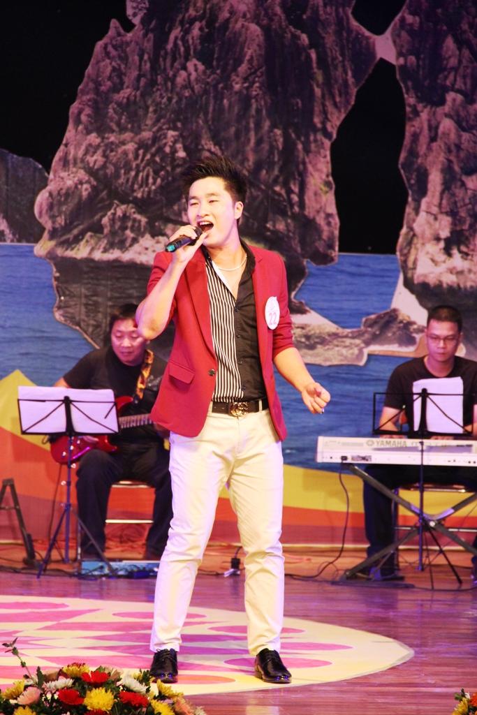 Ca sĩ ngành than giành ngôi quán quân Tiếng hát PT-TH Quảng Ninh 9